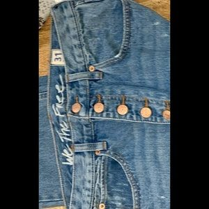 FREE PEOPLE DISTRESSED BOTTOMS RIPPED